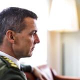 Forsvarschef Peter Bartram varsler en omkalfatring af forsvaret, så Hærens Operative Kommando (HOK), Søværnets Operative Kommando (SOK) og Flyvertaktisk Kommando (FTK) lægges sammen.