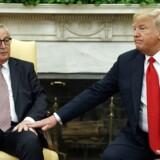 USA's præsident Donald Trump og EU-Kommissionens formand Jean-Claude Juncker i det Ovale Kontor i Det Hvide Hus i Washington. (AP Photo/Evan Vucci)