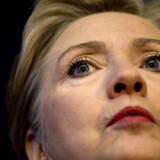 Hillary  Clinton ved en pressekonference mandag i Denver, Colorado på førstedagen for Demokraternes nationale kongres.