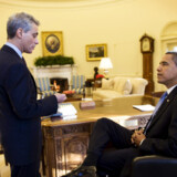 Præsident Obama holdt i går sit første møde med stabschef Rahm Emanuel i det ovale værelse.