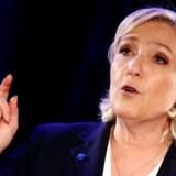 Front National-leder Marine Le Pen mener, at hun er udsat for en »forfølgelse« orkestreret af politiske modstandere i EU-Parlamentet.