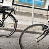 (ARKIV) Elcykler, som kan køre op til 45 kilometer i timen på cykelstien, er et problem i en by som København, mener borgmester Ninna Hedeager Olsen (EL). Hun mener, at det kan blive nødvendigt at indføre fartgrænser på cykelstien.