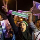 Tilhængere af den nuværende iranske præsident Hassan Rouhani under valgkampagnen i hovedstaden 17. maj, 2017. TIMA via REUTERS ATTENTION EDITORS - THIS IMAGE WAS PROVIDED BY A THIRD PARTY. FOR EDITORIAL USE ONLY.