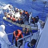 Omkring 4000 bådflygtninge er reddet de sidste to dage.