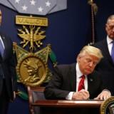 Arkivfoto: Trump underskriver nyt indrejseforbud mod seks lande.
