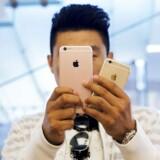 Salget af Iphone 6S og 6S Plus er angiveligt ikke gået så stærkt som ventet.