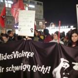 Demonstrationer i Køln d. 5.1, efter et stort antal antal kvinder blev forulempet seksuelt nytårsnat.
