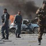 En voldsom bombeeksplosion i Afghanistan hovedstad, Kabul, fandt sted knap en kilometer fra den danske ambassade i byen. Det oplyser Udenrigsministeriets Borgerservice.