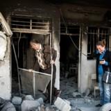 Fuad og Rada vender hjem til deres hus i Mosul.