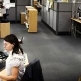 Flere og flere arbejder i åbne kontorlandskaber eller storrumskontorer. Her Topdanmark.