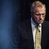 Henrik Ramlau-Hansen har meddelt erhvervsminister Brian Mikkelsen (K), at han trækker sig som formand for Finanstilsynet. Årsagen er kraftig kritik fra tilsynet af formandens tidligere arbejdsgiver, Danske Bank.