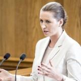 Mette Frederiksen (S) under Folketingets afslutningsdebat. Ventres Jan. E Jørgensen undrer sig over, at Mette Frederiksen taler om opkvalificering af ufaglærte, når virksomheder skriger efter specialister.