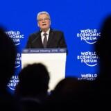 I sin tale i Davos gjorde den tyske præsident, Joachim Gauck, det klart, at nye initiativer, der skal begrænse flygtninges tilstrømning til Tyskland, er »meget sandsynlige«.