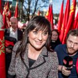 Innovationsminister Sophie Løhde ankommer til fredagens forhandlinger i Forligsinstitutionen i København.