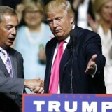 Den republikanske præsidentkandidat havde inviteret Nigel Farage på scenen til et vælgermøde i Mississippi onsdag. Nigel Farage, der er formanden for UKIP (United Kingdom Independence Party), har stået i spidsen for briternes exit fra EU.