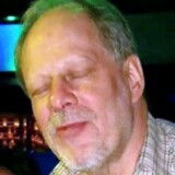Myndighederne er fortsat på bar bund. Hvad fik den pensionerede revisor Stephen Paddock til at myrde mindst 59 personer under mandagens masseskyderi i Las Vegas?
