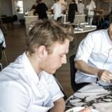 Arkivfoto: Rasmus Kofoed - kok og medejer af den tre stjernede Michelin restaurant Geranium. Personale frokost.. (Foto: Søren Bidstrup/Scanpix 2017)