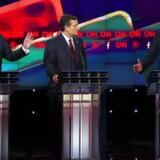 Donald Trump, Ted Cruz og Jeb Bush under nattens republikanske tv-debat.