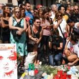 Til minde ofrene for terrorangrebet på Ramblaen i Barcelona/ AFP PHOTO / PASCAL GUYOT