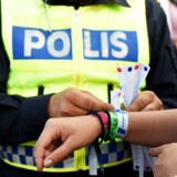 Svensk politi skal nu undersøge, om efterforskningsleder Peter Springares indlæg på Facebook om kriminelle indvandrere skal have retslige følger.