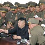 Nordkorea leder, Kim Jong-un, føler sig sikker. Det skal han ikke gøre. . EPA/KCNA SOUTH KOREA OUT HANDOUT EDITORIAL USE ONLY/NO SALES. (Foto: KCNA/Scanpix 2014)