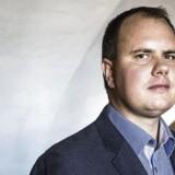 BMINTERN - Dansk Folkepartis udlændingeordfører, Martin Henriksen vil give mistænkte fodlænke på.