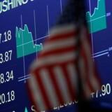 Efter få minuttes handel stiger de tre toneangivende indeks, S&P 500, Nasdaq og Dow Jones med i underkanten af 0,1 pct.