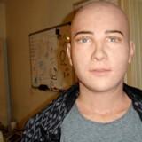 »Drømmer jeg, når jeg bliver slukket?« spørger »Jules«, inden der slukkes for ham. Foto: Hanson Robotics