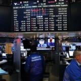 Arkivfoto. De fjernøstlige aktiemarkeder har mistet pusten efter en ellers positiv start på fredagen.