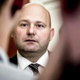 »Men jeg er da også bekymret for, at vi kan risikere en overregistrering af folk, som er fuldstændig uskyldige,« siger Fængselsforbundets formand, Kim Østerbye, om et nyt lovforslag fra Søren Pape Poulsen (K).