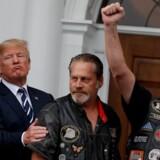 USA's præsident mødtes søndag med gruppen Bikers for Trump. Efterfølgende har han støttet en boykot af selskabet Harley-Davidson. Carlos Barria/Reuters