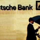 Den tyske storbank Deutsche Bank er i gang med en større oprydning, der skal få banken tilbage på rette spor efter flere år med underskud, og det har betydet en finkæmning af alle udgiftsposterne, skriver Bloomberg News.