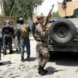 Jalalabad i Afghanistan er blevet ramt af en række angreb i de seneste uger. Lørdag angreb en gruppe militante en jordmoderskole i byen. Arkivfoto: REUTERS/Parwiz/Ritzau Scanpix