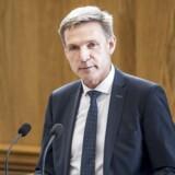 Partiformand Kristian Thulesen Dahl (DF) ændrer nu Dansk Folkepartis holdning til en lavere arveafgift. Det kommer ikke til at ske med hans stemmer, siger han.