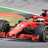 Sebastian Vettel jagtede sin første sejr på Hockenheim, men måtte udgå efter et uheld søndag i Tyskland.