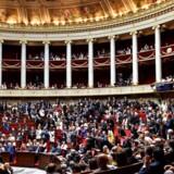 Det franske parlament har vedtaget, at sex med mindreårige fremover kan blive kategoriseret som voldtægt. Arkivfoto.