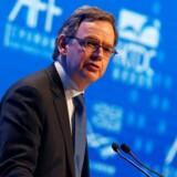 Steven Maijoor, formand for European Securities and Markets Authority (ESMA), taler ved Asian Financial Forum i Hong Kong. ESMA har netop tildelt fem storbanker i Danmark og Sverige millionbøder. Arkivfoto: Bobby Yip/Reuters/Scanpix