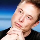 Elon Musk får hårde ord med på vejen af dykker, der deltog i redningsaktion af thailandsk fodboldhold.