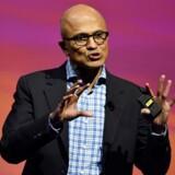 Satya Nadella, adm. direktør i Microsoft. Selskabet kan blive nødt til at rykke arbejdspladser fra USA til udlandet på grund af den amerikanske immigrationspolitik. / AFP PHOTO / GERARD JULIEN