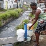 Selskaber, der skaffer bedre adgang til vand og elektricitet blandt verdens fattigste, er bare nogle af de mange profitmuligheder, som danskerne i stigende grad kaster deres formuer efter. EPA/NIC BOTHMA