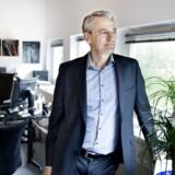 »Der er jo altid nogle mennesker, der bare vil have det nyeste af det nyeste. Kommer der en ny iPhone, skal de have den, selv om de har en fin iPhone i forvejen. Så en vis kannibalisering kan man godt forestille sig, men det er vores mål, at Resound Linx Quattro skal sameksistere med Linx 3D,« siger Anders Hedegaard, der er administrerende direktør hos GN Hearing, til Ritzau Finans i forlængelse af onsdag morgens regnskab for andet kvartal.
