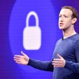 Facebooks stifter og CEO Mark Zuckerberg har travlt med at lukke apps, der kan have misbrugt folks Facebook-oplysninger