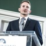 Tiden er kommet til, at regeringen med finansminister Kristian Jensen (V) i spidsen strammer finanspolitikken, mener en række deltagere i Berlingske Business Økonompanel.