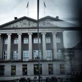 Milliarder af mistænkelige summer er kørt gennem Danske Banks afdelinger. Berlingske har det seneste år afsløret, at ansatte i banken aktivt hjalp med at skjule lyssky kunder, og at sagen har tråde til præsident Putins familie.