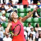 Caroline Wozniacki mod Anastasia Pavlyuchenkova i finalen i Pan Pacific, som Wozniacki vandt . / AFP PHOTO / Kazuhiro NOGI