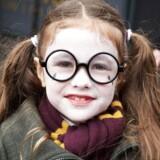I anledningen af 20-året for udgivelsen af den første bog om Harry Potter, »Harry Potter og De Vises Sten«, har Berlingske lavet en quiz om »drengen, der overlevede«. Kan du din Potter-trivia? Er du »de vise« eller »de stenede« i »De Vises Sten«?