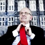 Bestyrelsesformand for JP/Politiken, Jørgen Ejbøl, tager bladet fra munden i ny bog.