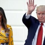 Donald Trump og hans kone Melania Trump modtog mandag den indiske premierminister i Det Hvide Hus, men i Senatet kort derfra begyndte præsidentens opbakning til en ny sundhedslov til erstatning for Obamacare at smuldre. REUTERS/Carlos Barria