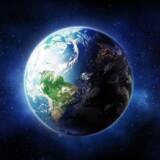 Onsdag d. 2. august har menneskeheden officielt brugt den andel af jordens ressourcer vi har til rådighed i år - herefter er vi, så at sige, i overtræk, hvad angår bæredygtig ressourcer. Danmark ligger tilmed over gennemsnittet for europæiske lande, hvad angår forbrug: Hvis alle jordens indbyggere levere som danskere, ville vi bruge jordens årlige ressourcer 3,6 gange pr. år.