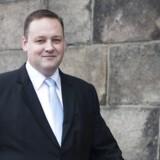 Sverigedemokraterna inviteres indenfor i en sammenslutning af nordiske partier, der tæller Dansk Folkeparti og De Sande Finner. Sammenslutningen hedder Nordisk Frihed. Medlem af Nordisk Råd og Nordisk Frihed, Mikkel Dencker (DF) byder det svenske parti velkommen.